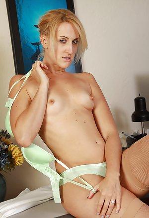 Секс секретарша в чулках фото